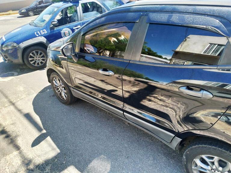 Guardas recuperam carro roubado em Salto