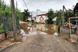 Moradores dos condomínios Terras de Santa Rosa e da região de Sete Quedas também ficaram isolados pelas águas