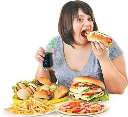 Nutricionista orienta sobre os cuidados para evitar o ganho de peso na quarentena