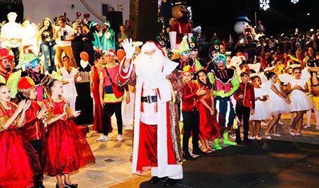 Read more about the article Mais de 56 mil pessoas prestigiaram o Natal na Praça