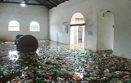 Read more about the article Até quando sofreremos com o lixo trazido da Capital, pelo Rio Tietê?