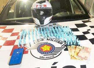 Tentou fugir após ver PM e foi preso com cocaína no Marília
