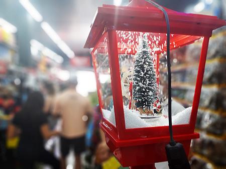 A Ki Barato vai vender tudo do setor de Natal pela metade do preço