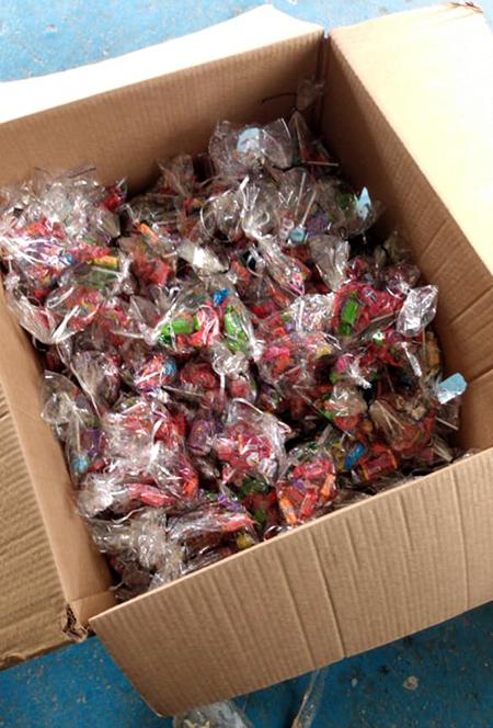 Amigos vão distribuir hoje doces e mini panetones na Vila Lucinda, em Itu