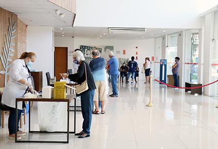 Esperança aumenta com quase 50 mil já vacinados contra a Covid-19 em Salto
