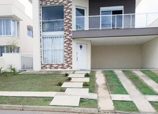 A Mais Consultoria e Negócios Imobiliários tem casa de excelente padrão no Condomínio Portal dos Bandeirantes